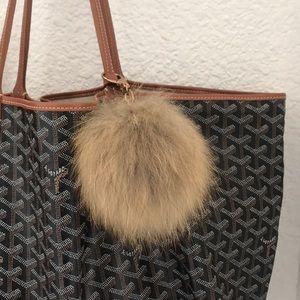 Pouf bag charm